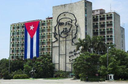 Cuba Press, Media, TV, Radio, Newspapers - television, circulation ...